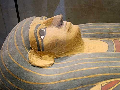 Antiguidades egípcias no Louvre