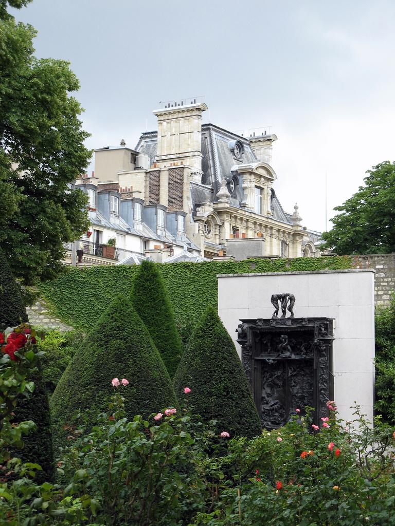 Porta do inferno, por Auguste Rodin