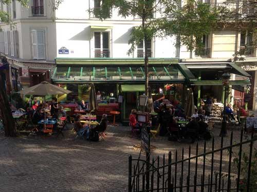 Praça em Montmartre