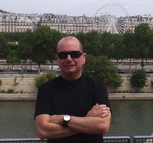 2007jul-paris-heleno-leve.jpg