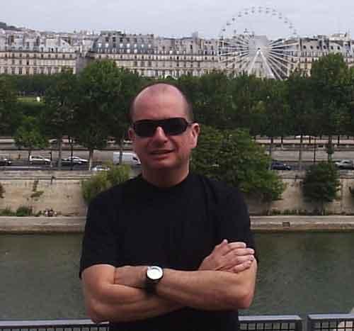 2007jul-paris-heleno-leve.jpg
