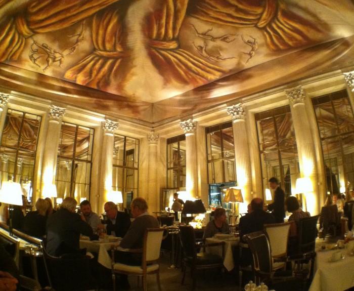 O restaurante Dali, do Hotel Meurice em Paris