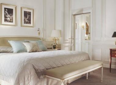 Deluxe-Room_hotel_le_meurice
