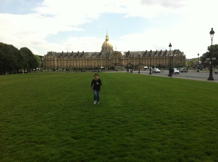 Esplanada do Museus des Invalides em Paris