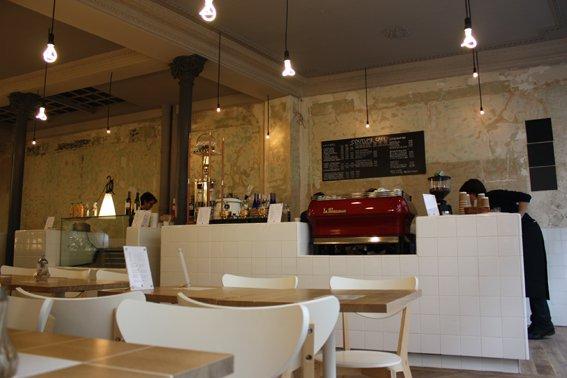 Café Coutume, em Paris