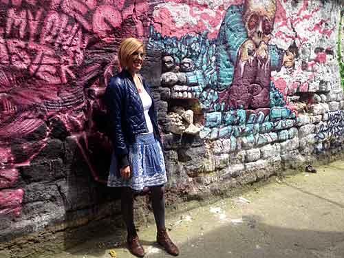 Fernanda Hinke que comando o tour de street art.