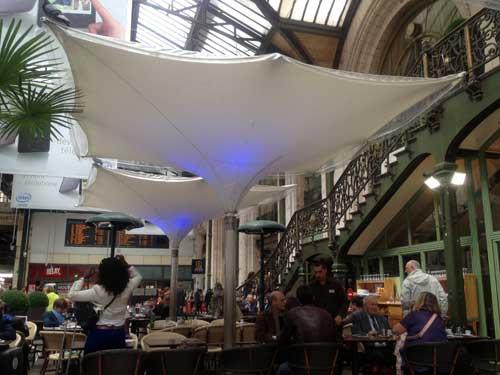 Guarda volumes nas estações ferroviárias de Paris
