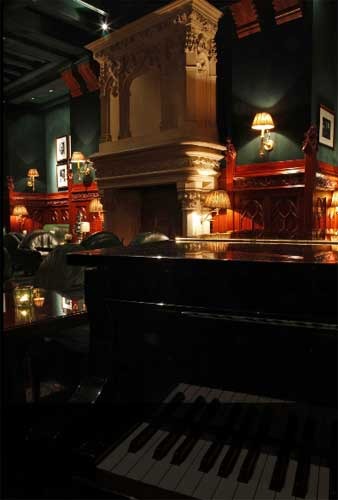 O Duke's é um piano bar