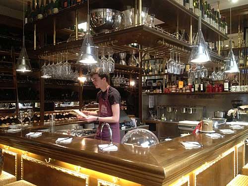 Bar degustação das Caves Legrand