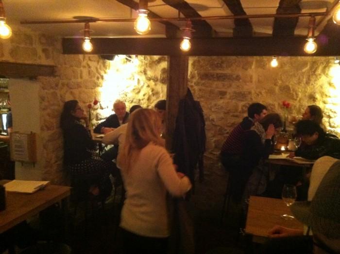 Salão do bar à vins