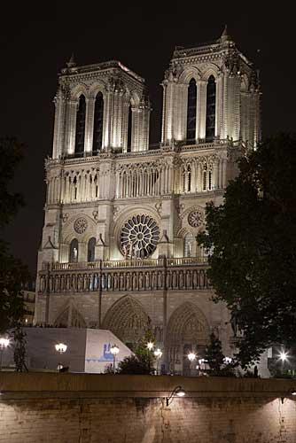 Fachada principal de Notre Dame