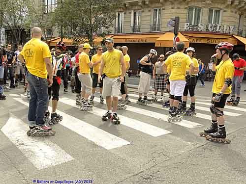 Camiseta amarela: equipe Rollers & Coquillages