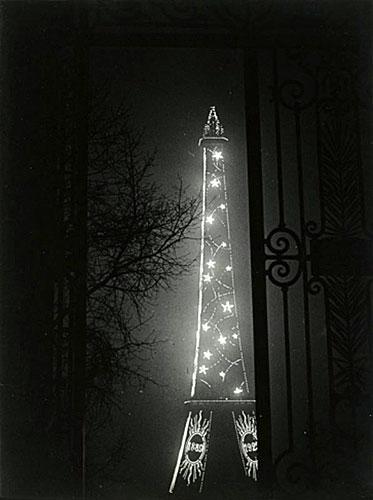 Brassai, Torre Eiffel