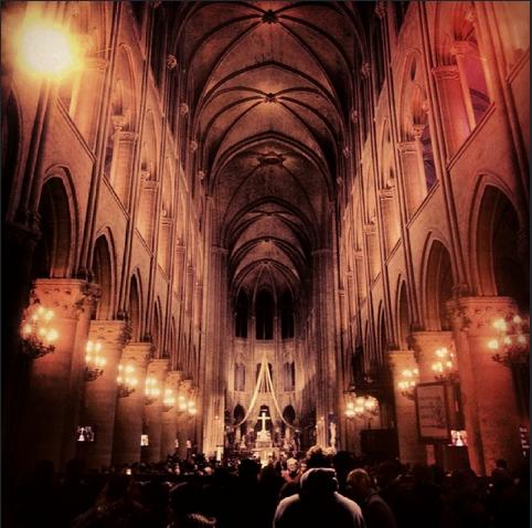 Missa de Natal no Notre Dame, foto de Paulo Ellery