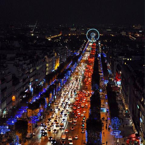 A Avenida Champs Elysées no Natal, foto de Geany