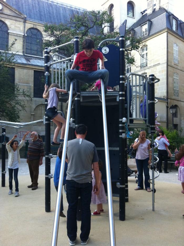 População jovem em Paris