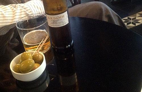 Cervejas e azeitonas maravilhosas