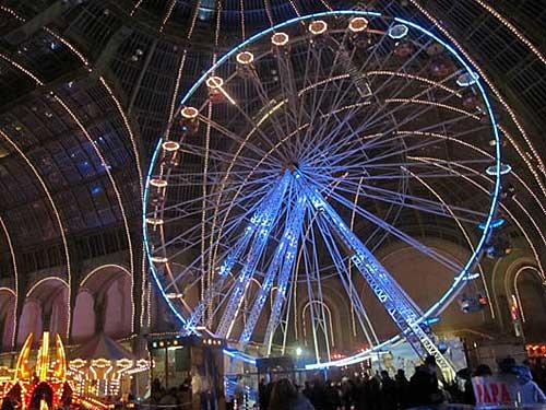Roda gigante no Grand Palais