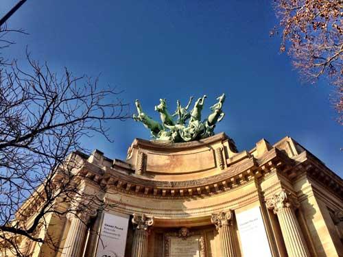 Fachada do Mini Palais no Grand Palais