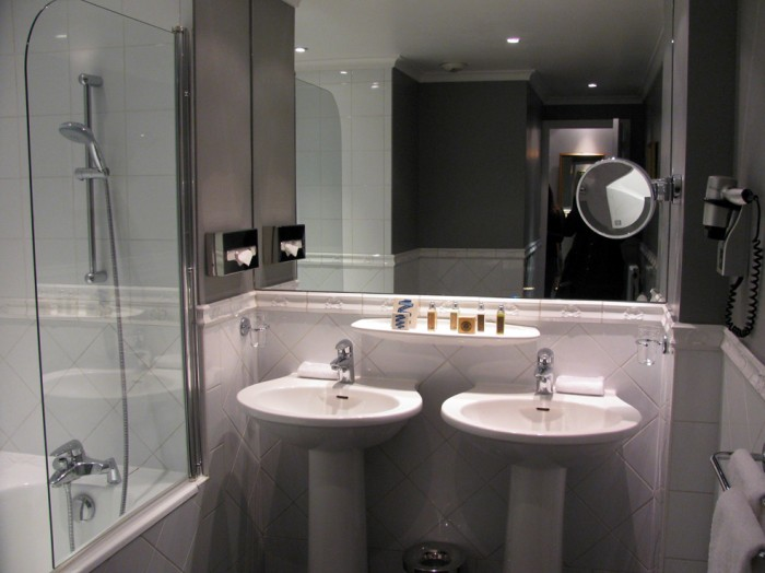 Banheiro de um dos quartos