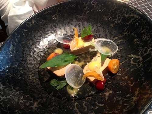 Consomé glacé de canard, foie gras et yuko