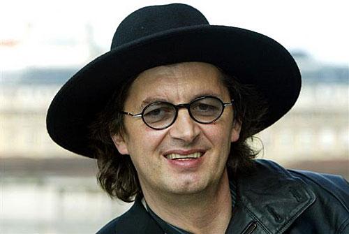 Marc Veyrat e seu famosos chapéu preto