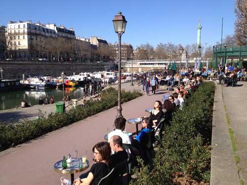Café do Porto Fluvial de Paris