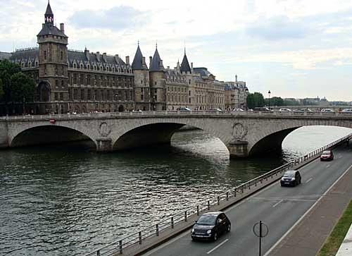 Ilha Cité e a Conciergerie