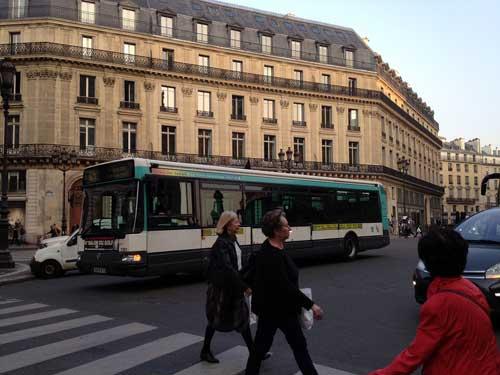 Ônibus e metrô gratuitos