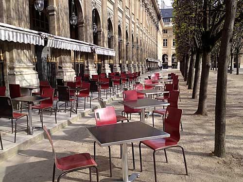 As deliciosas mesas do Kitsuné no Palais Royal