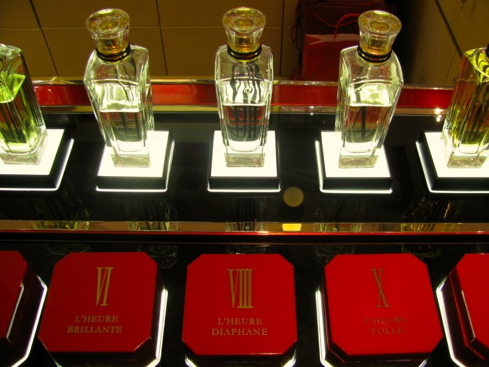 Perfumaria, by Cartier