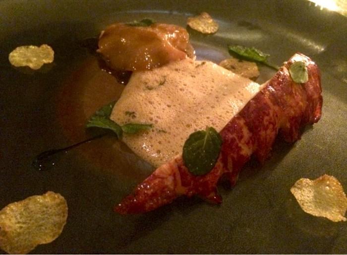 """""""Homard hommage à mon père"""" , a lagosta Azul da Bretanha. Um dos melhores pratos que provei na vida."""