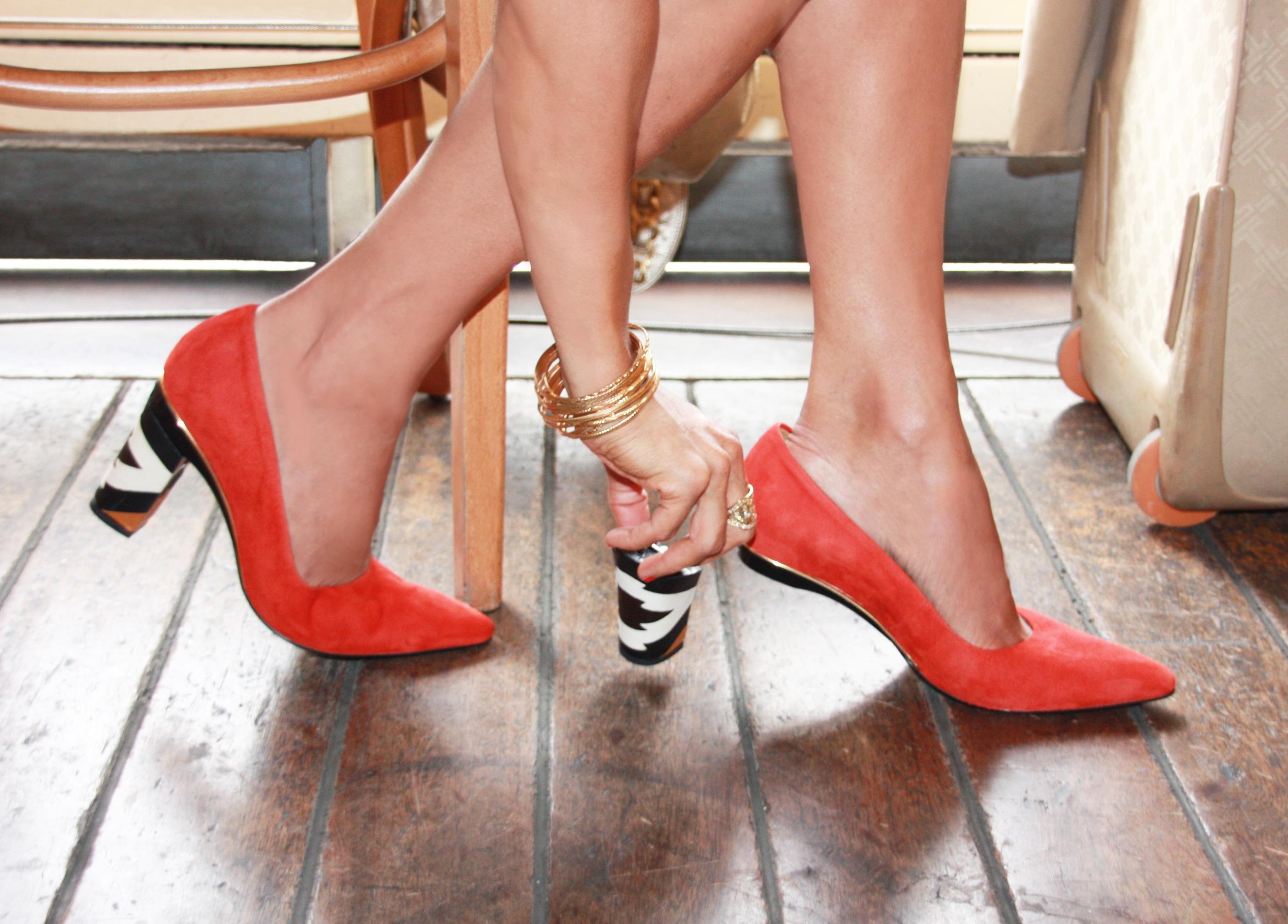 a5cefca89 Changement de talon ss n. Os sapatos que trocam ...