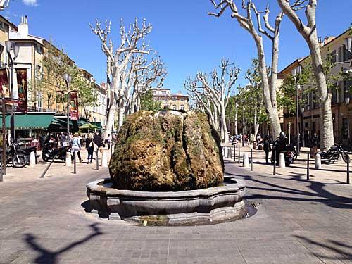 Cours Mirabeau, avenida principal de Aix en Provence