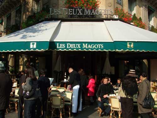 Café Deux Magots em Saint Germain