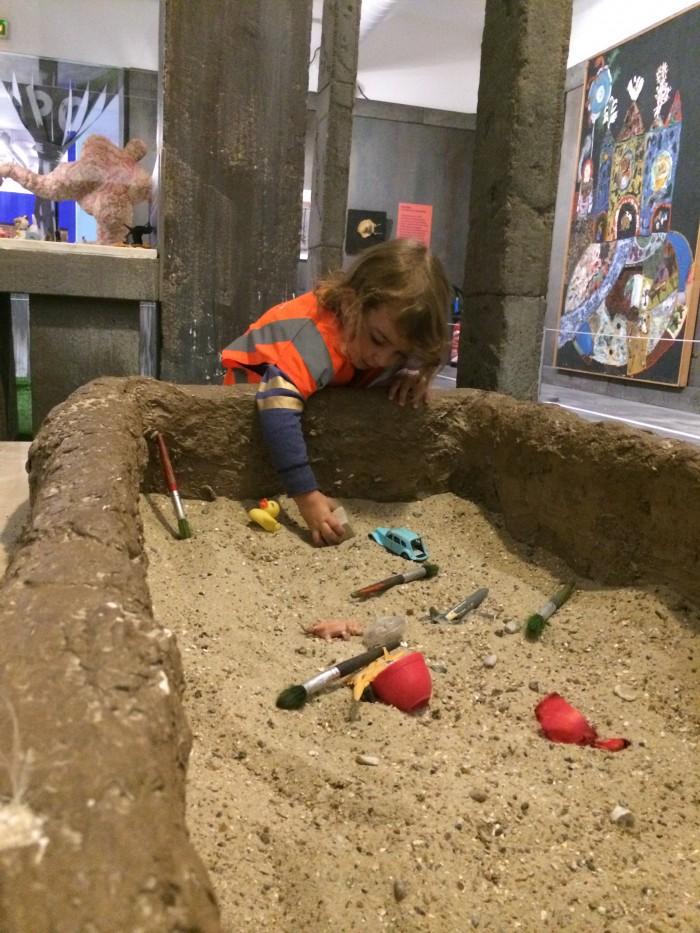 Brincando de arqueologia