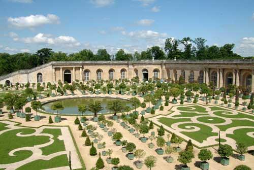 Versailles e suas caixas de laranjeiras