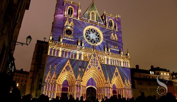 Iluminação da catedral