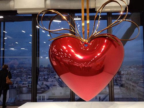 Hanging Heart de Jeff Koons