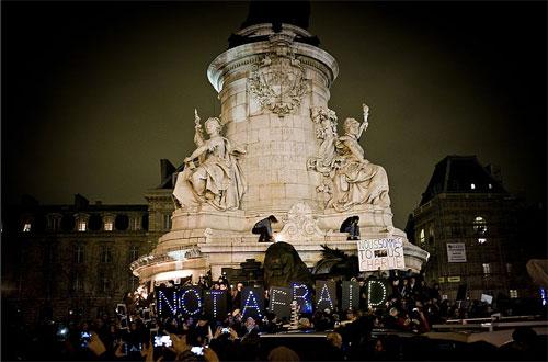 Place de la Republique: homenagem às vítimas do atentado. Foto:Guillaume Binet