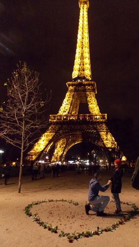 Torre Eiffel e pedido de casamento