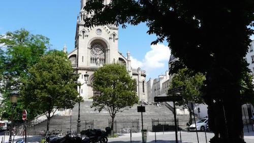 A igreja Notre-Dame de la Croix.