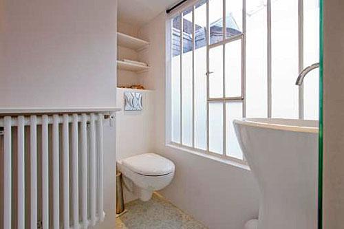 Apartamento em Paris, banheiro