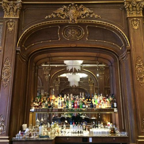 Hotel Peninlula: bar