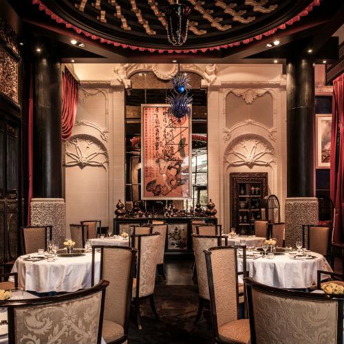 O Restaurante Lili, que fica dentro do Hotel Peninsula em Paris