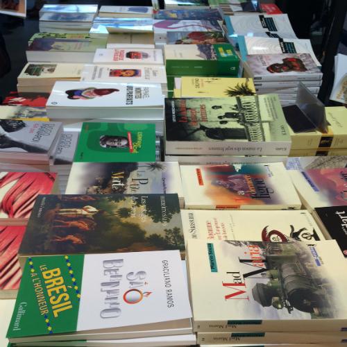 A livraria Fnac vendeu aproximadamente 8 mil livros de autores brasileiros durante o evento
