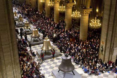 Notre Dame, chegada dos novos sinos