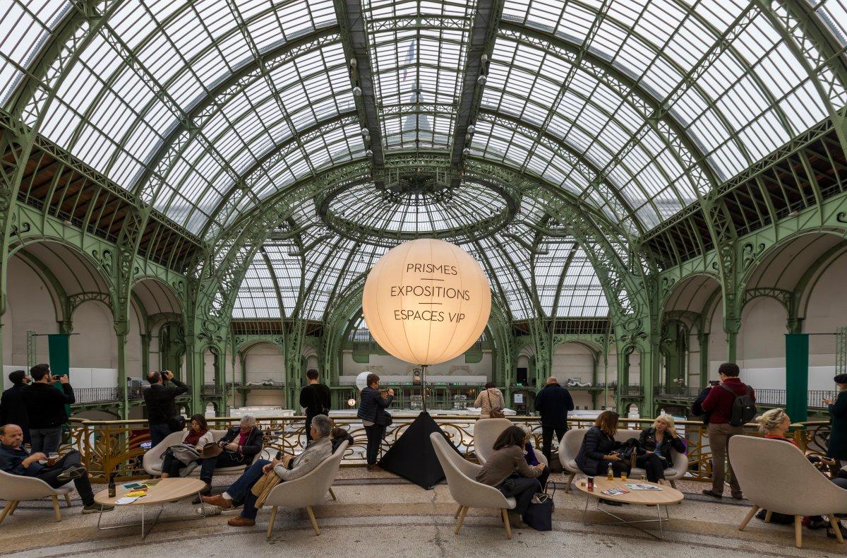 O maravilhoso espaço onde acontecem as exposições temporárias do Grand Palais, em Paris