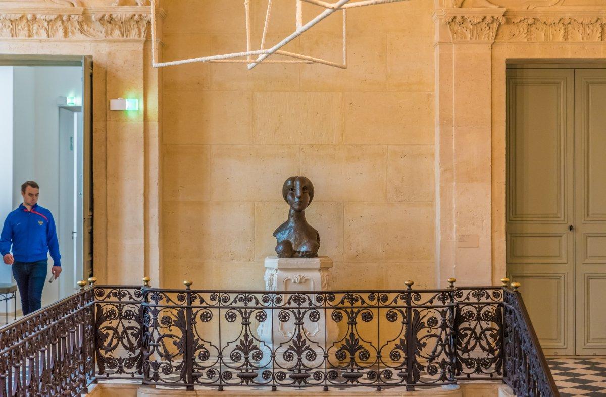 O interior do Museu Picasso, em Paris.