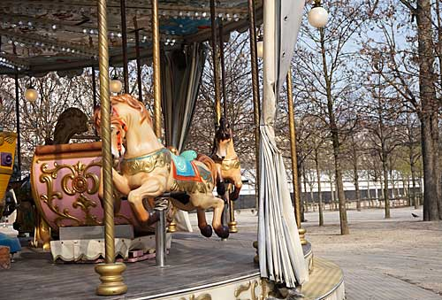 Tuileries , carrossel